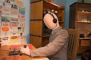 Radio- ja TV-museo esittelee radion ja television historiaa.