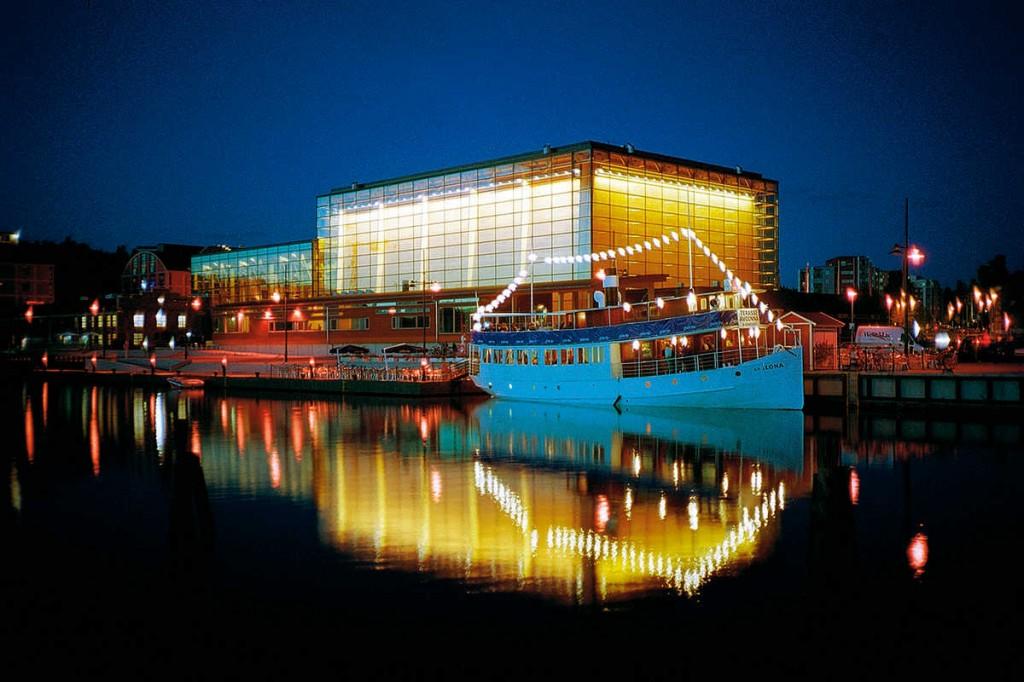 Sibeliustalon ohjelmistossa on otettu huomioon erilaiset kohderyhmät.