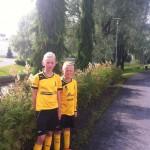Molemmat pelaavat Alavetelin IK Myran joukkueesa. Ada D-12 tytöissä ja Edvin F-9 pojissa
