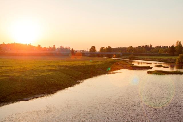 Näkymä Jokipiin vanhalta sillalta, Jalasjärvi. Kuva: Niko Saarinen Photography