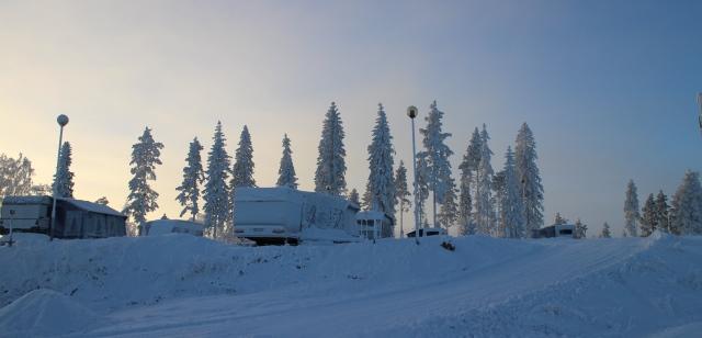 Riihivuoren 60-paikkainen caravan-alue on avoinna ympäri vuoden. Kuva: KivaaTekemistä.fi