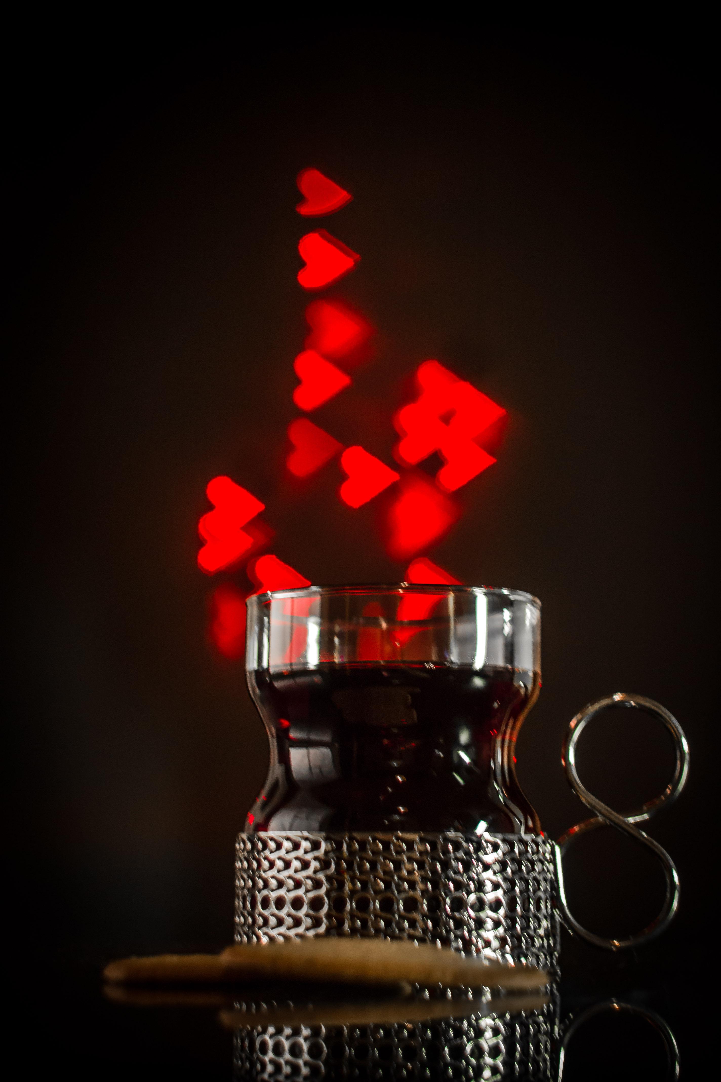 Sydämellinen glögihetki. Kuva: Niko Saarinen Photography