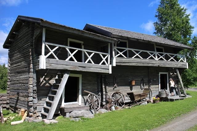 Aitat on siirretty Orrilanmäeltä Kaivolaan isojaossa 1904. Kuva: KivaaTekemistä.fi