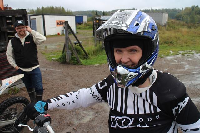 Sarilla oli hymy herkässä ajon jälkeen. Kuva: KivaaTekemistä.fi
