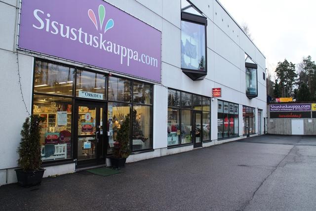 Moukarikuja 6:n uudistunut liikekeskus. Kuva: KivaaTekemistä.fi