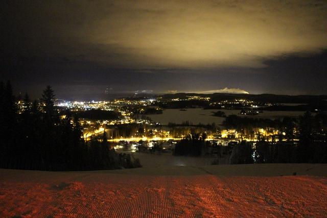 Riihivuori by night. Kuva: KivaaTekemistä.fi